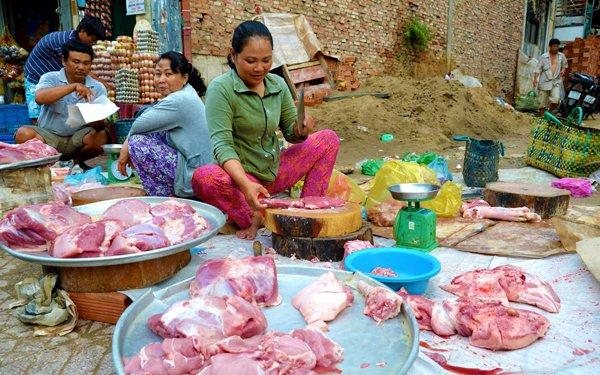 Makanan dan Nama Masakan Yang Mengandungi Khinzir